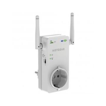 Netgear Wifi Range Extender Universale con formato compatto installabile direttamente sulla presa el